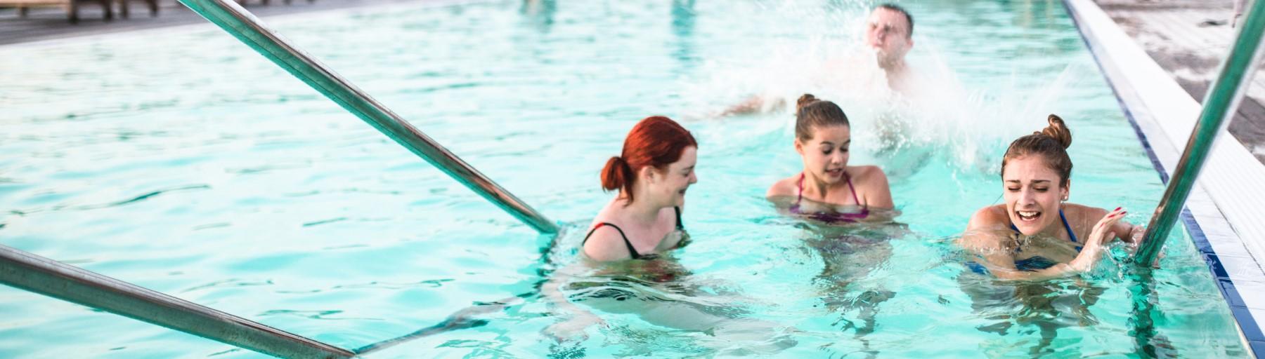 Sicher trotz Massenansturm: Sicherheitsdienst für Schwimmbäder und Badeseen