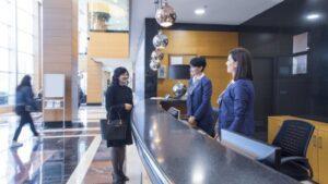 Unsere Empfangskräfte repräsentieren hochprofessionell Ihr Unternehmen
